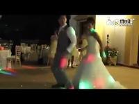 新郎新娘婚礼斗舞